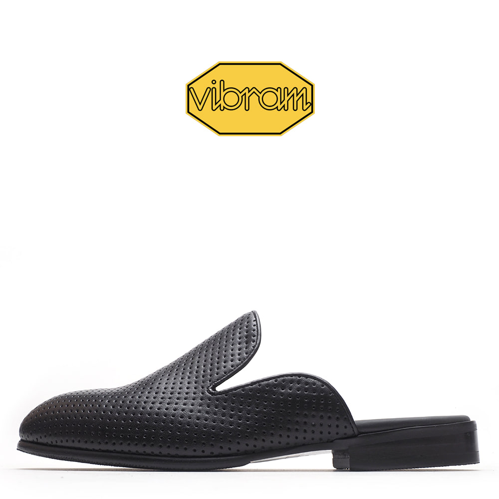 4314-01 / Black Dot Minktan / G3